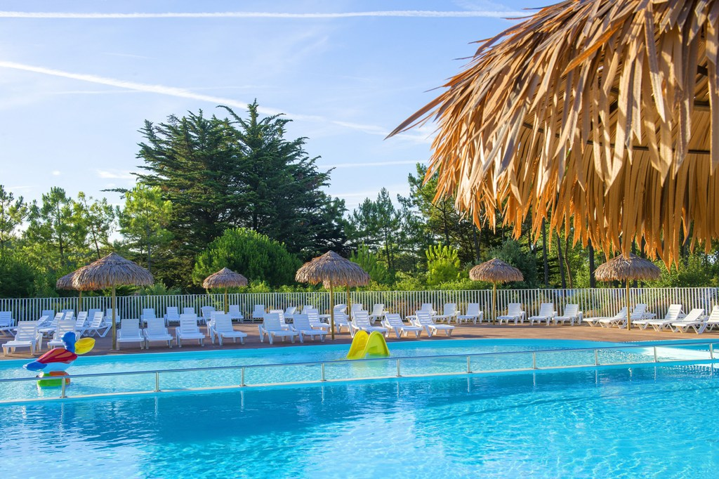 Camp ole les sir nes 3 toiles camping vend e for Club piscine st jerome heure ouverture