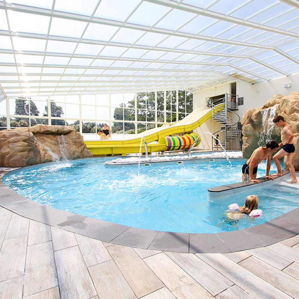 Camping les pirons 4 toiles camping vend e for Camping le piscine sarteano
